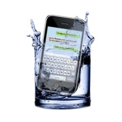 Comment réparer un iPhone tombé dans l'eau? Réparation chute dans l'eau smartphone